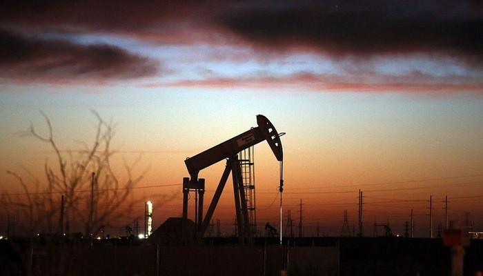 Tính từ đầu năm, giá dầu đã tăng hơn 30% - Ảnh: Getty/CNBC.