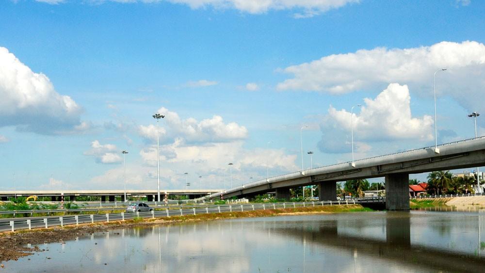 Quá trình đấu thầu lựa chọn nhà đầu tư 8 dự án thành phần thuộc Dự án cao tốc Bắc - Nam phía Đông dự kiến bắt đầu từ tháng 10/2019. Ảnh: Lê Tiên