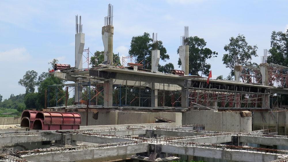 Gói thầu xây dựng cống Sông Lu 2 (TP.HCM) đã đạt 51,35% thời gian thực hiện hợp đồng, 71,38% giá trị hợp đồng. Ảnh: Văn Huyền