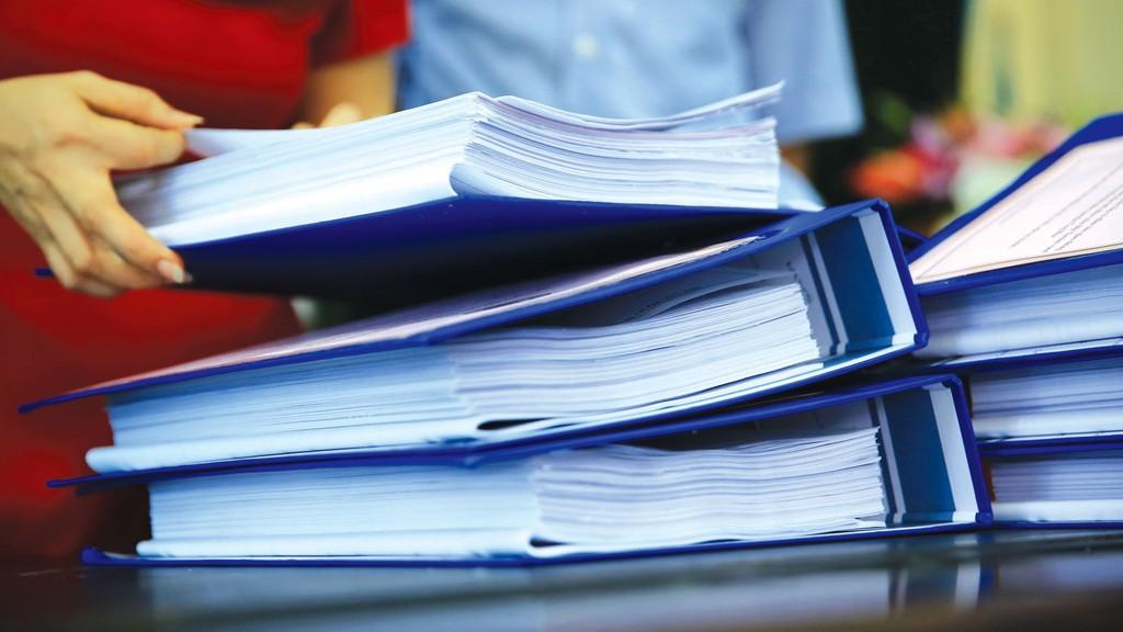 Công ty TNHH Tuân Hùng và Công ty CP Đầu tư xây dựng và Thương mại Hoàng Phát cung cấp hồ sơ dự thầu với chứng chỉ, giấy chứng nhận, hợp đồng… giả mạo. Ảnh: Lê Tiên
