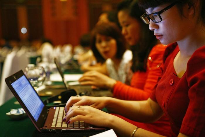 Đạo đức nghề báo trong thông tin kinh tế