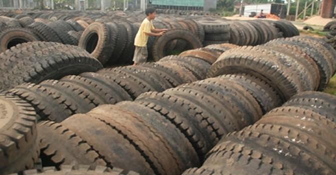 Đấu giá 19 container lốp ô tô cũ được 80 triệu đồng. Ảnh minh hoạ: Internet