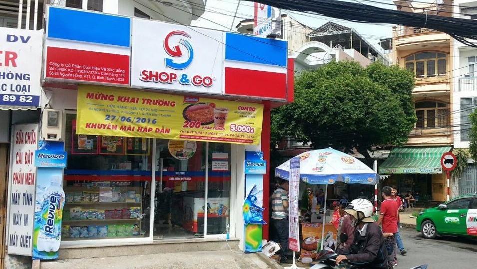 Shop & Go đã chủ động đề nghị được nhượng lại toàn bộ chuỗi 87 cửa hàng tiện lợi. Ảnh: XY