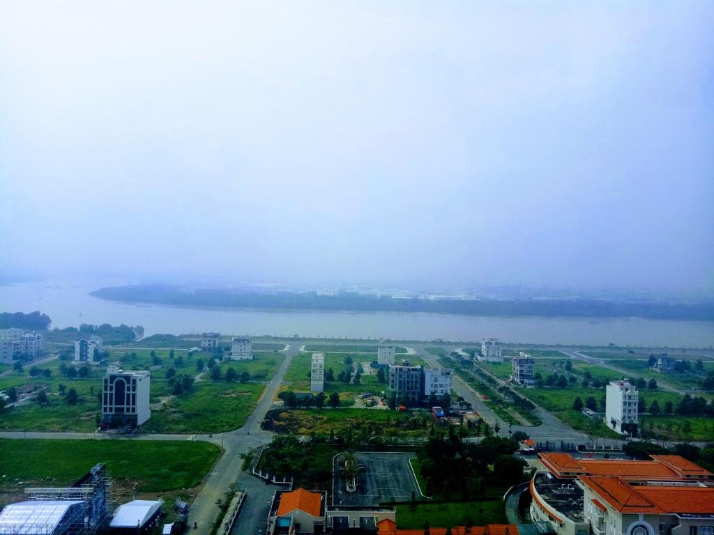 Khu Đông vẫn là khu vực chiếm tỷ trọng cao nhất trong tổng số các giao dịch ở phân khúc nhà phố/biệt thự. Ảnh: Ngô Ngãi.