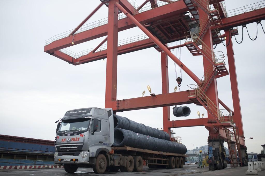 Hòa Phát xuất khẩu 240.000 tấn thép năm 2018