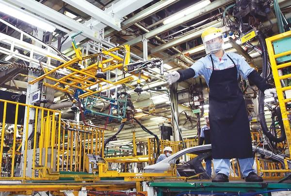 Việt Nam cần sớm có chiến lược chuyển đổi số quốc gia, tạo thuận lợi cho phát triển nền kinh tế số với động lực chính từ khu vực tư nhân. Ảnh: Tiên Giang