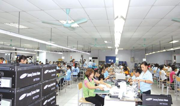 Số DN thành lập mới nhiều, nhưng hơn 70% kim ngạch xuất khẩu đến từ DN FDI. Ảnh: Tường Lâm