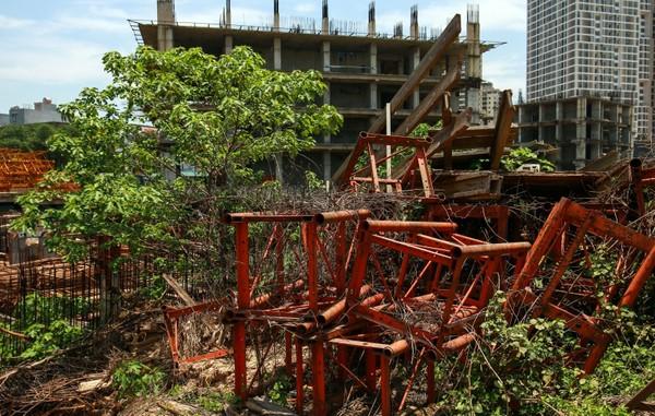 """Hàng nghìn tỷ đồng chỉ để """"đổ"""" vào đống hoang tàn Usilk City hình 8"""