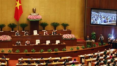 Chất vấn và trả lời chất vấn về nợ công,  tham nhũng và kinh tế tư nhân tại Quốc hội