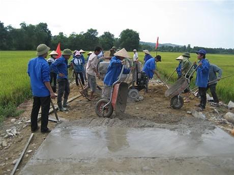 Còn bất hợp lý trong  điều phối nguồn vốn  xây dựng nông thôn mới