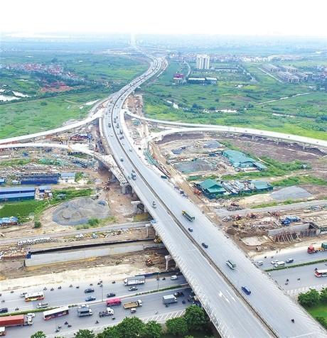 Công trình nút giao cầu Thanh Trì vượt tiến độ thi công 6 tháng