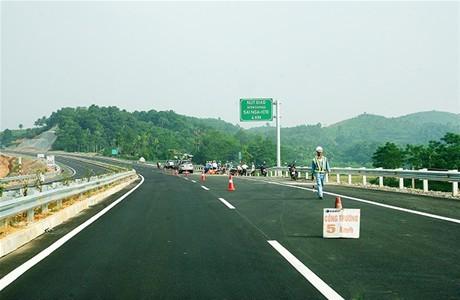 Tiết kiệm 78,3 tỷ đồng qua  đấu thầu quản lý, bảo trì quốc lộ