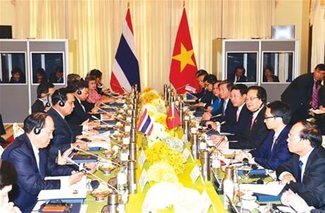 Nâng kim ngạch thương mại với Thái Lan lên 20 tỷ USD vào năm 2020