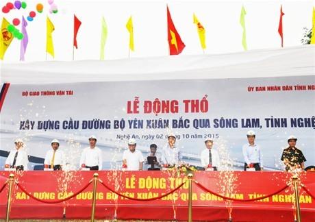 Nhà thầu tập trung thi công sớm cầu đường bộ Yên Xuân (Nghệ An)