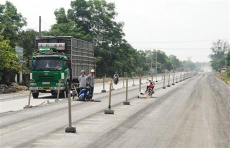 Đốc tiến độ nâng cấp Quốc lộ 1 và đường Hồ Chí Minh qua Tây Nguyên