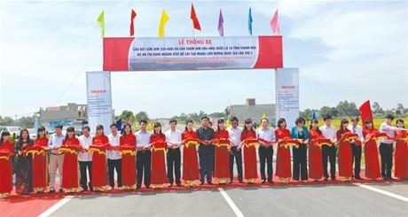 Thanh Hóa: Thi công vượt tiến độ công trình cầu Thắm và cầu Bút Sơn