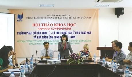 Nghiên cứu và ứng dụng phương pháp  dự báo trung hạn ở Nga vào Việt Nam