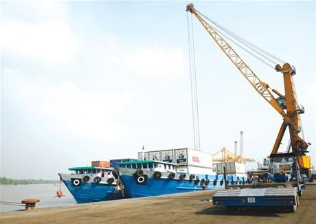 Khuyến khích đầu tư phát triển  giao thông vận tải đường thủy nội địa