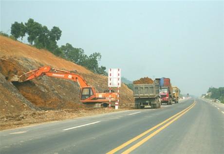 Để giảm thiệt hại do thiên tai gây ra đối với hạ tầng giao thông