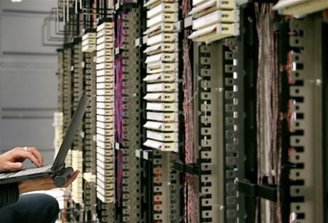 Hàng Việt chỉ chiếm gần 10% trong đấu thầu tại Bộ Thông tin và Truyền thông