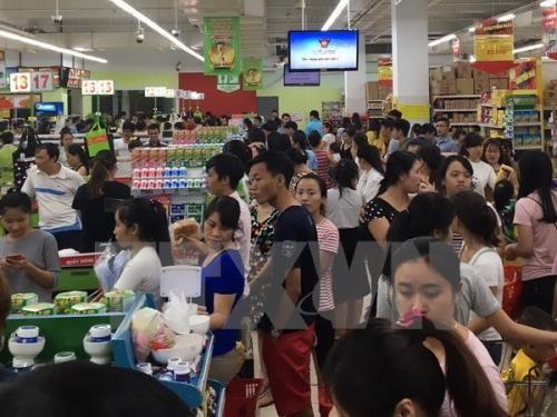 Cán cân thương mại hàng hóa của Việt Nam trong tháng 5 ước tính thâm hụt 800 triệu USD. Ảnh minh họa: TTXVN