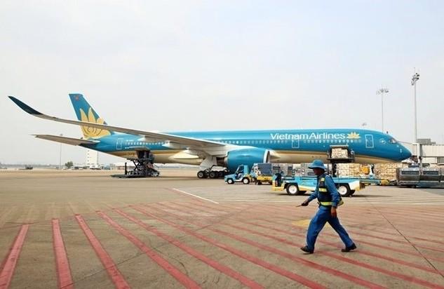 Bộ GTVT dự thu hơn 2.200 tỷ đồng từ việc đấu giá 371,5 triệu quyền mua cổ phiếu Vietnam Airlines
