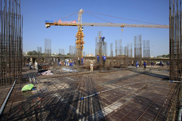 Công ty cổ phần Đầu tư Lạc Hồng đang đẩy nhanh tiến độ thi công Dự án Lạc Hồng Lotus Hạ Long (phường Trần Hưng Đạo, TP. Hạ Long, tỉnh Quảng Ninh)