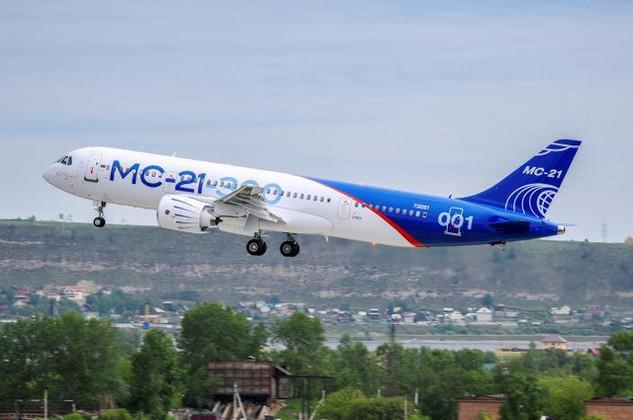 Máy bay thương mại tầm trung MS-21 cất cánh tại Irkutsk, Nga ngày 28/5. (Ảnh: Reuters)