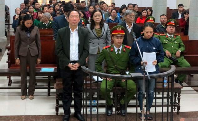Bị cáo Phan Minh Nguyệt tại phiên tòa sơ thẩm lần 1. Ảnh: st