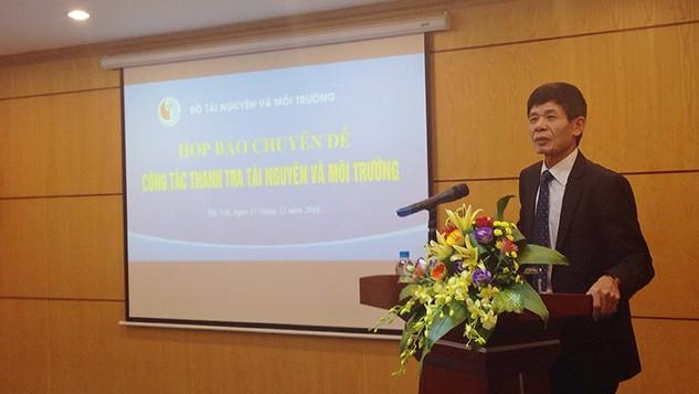 Thứ trưởng Bộ TN&MT Chu Phạm Ngọc Hiển chủ trì buổi họp báo  Ảnh: Trần Tuyết