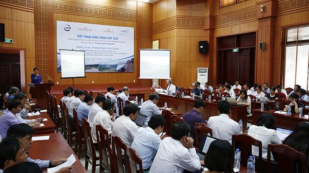 Đối thoại bàn tròn cấp cao về Quản lý tổng hợp lưu vực sông Vu Gia – Thu Bồn và vùng bờ Đà Nẵng – Quảng Nam Ảnh: Lê Tiên