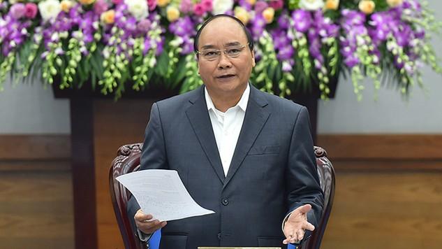 """Thủ tướng nhấn mạnh tinh thần là chủ động triển khai ngay KH năm 2017 từ ngày đầu, tháng đầu, phải thực sự bắt tay vào việc, không để tình trạng """"tháng Giêng là tháng ăn chơi"""" - Ảnh: VGP"""