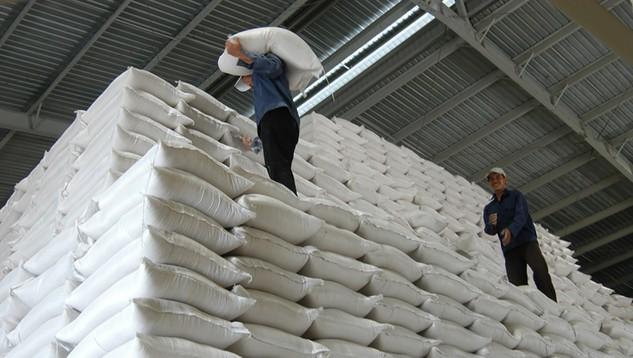 Nhà nước nắm giữ 51% vốn điều lệ khi thực hiện cổ phần hóa Tổng công ty Lương thực miền Nam.  Ảnh: Tường Lâm