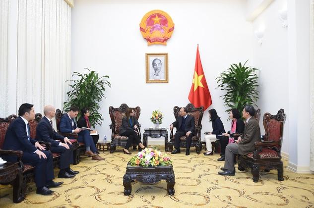 Thủ tướng Nguyễn Xuân Phúc tiếp Đại sứ Israel tại Việt Nam Meirav Eilon Shahar. Ảnh: VGP