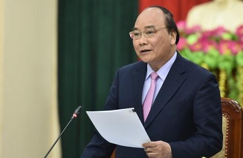 Đánh giá cao khát vọng phát triển, tinh thần cải cách, đổi mới của lãnh đạo tỉnh, Thủ tướng nhất trí với hướng ra của Tuyên Quang là nông nghiệp, lâm nghiệp công nghệ cao. Ảnh: VGP