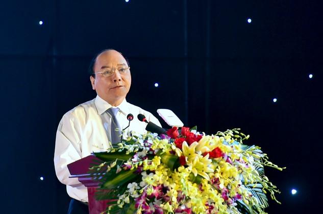 Thủ tướng Nguyễn Xuân Phúc phát biểu tại Lễ kỷ niệm 25 năm tái lập tỉnh Sóc Trăng. Ảnh VGP