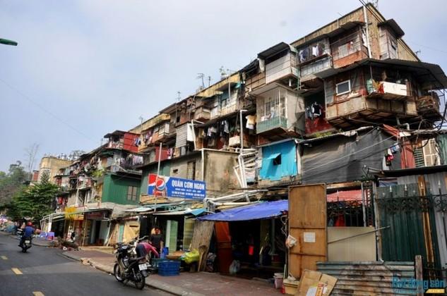 Một khu tập thể cũ tại quận Đống Đa, Hà Nội.