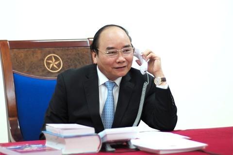 Thủ tướng Chính phủ Nguyễn Xuân Phúc điện đàm với Tổng thống đắc cử Hoa Kỳ Donald Trump, ngày 14/12/2016. - Ảnh: VGP
