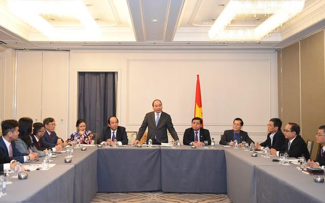 Thủ tướng Nguyễn Xuân Phúc tiếp đại diện doanh nhân Việt kiều tại Mỹ. Ảnh: VGP