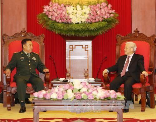 Tổng Bí thư Nguyễn Phú Trọng tiếp Thượng tướng Phạm Trường Long, Ủy viên Bộ Chính trị, Phó Chủ tịch Quân ủy Trung ương Trung Quốc. Ảnh: TTXVN