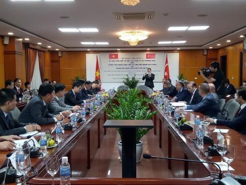 Phiên họp toàn thể Ủy ban hỗn hợp Việt Nam và Thổ Nhĩ Kỳ. Ảnh: BNEWS