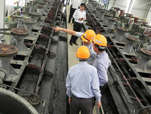 TP.HCM khuyến khích các doanh nghiệp sử dụng tro, xỉ than, thạch cao làm nguyên liệu sản xuất vật liệu xây dựng.