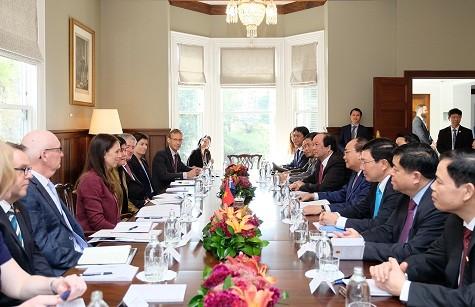 Thủ tướng Nguyễn Xuân Phúc hội đàm với Thủ tướng New Zealand Jacinda Ardern - Ảnh: VGP