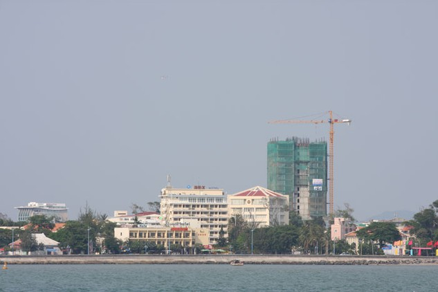 34 dự án xây dựng đã được UBND tỉnh Bà Rịa - Vũng Tàu bố trí vốn trong năm 2015. Ảnh: Lê Tiên