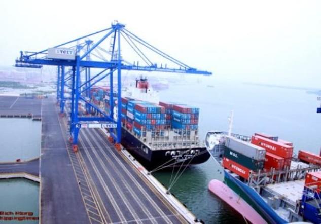 Tổng kim ngạch xuất nhập khẩu hàng hóa tháng 11/2015 đạt 27,53 tỷ USD (Ảnh: Internet)