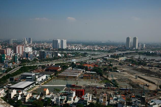Tham nhũng, lãng phí xuất hiện nhiều trong các lĩnh vực quản lý đô thị, kết cấu hạ tầng, đầu tư xây dựng cơ bản, đấu thầu, đất đai…   Ảnh: Tất Tiên