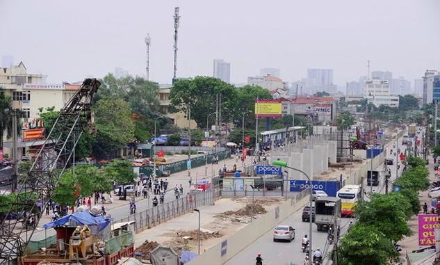 Tuyến đường sắt đô thị Nhổn - ga Hà Nội dài 12,5 km, gồm 8,5 km trên cao từ Nhổn đến Kim Mã và 4 km ngầm từ Kim Mã đến ga Hà Nội. Ảnh: NC st