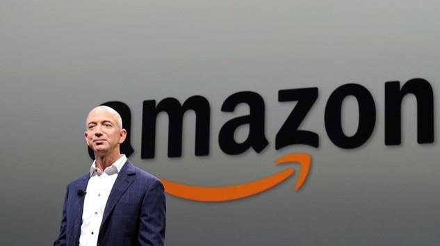 Người sáng lập Amazon.com Inc Jeff Bezos mất 3,7 tỷ USD ngay phiên giao dịch đầu tiên năm 2016