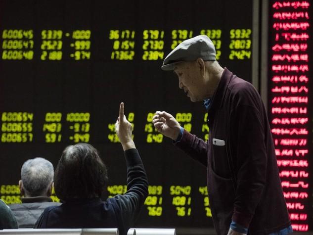 Chứng khoán toàn cầu tiếp tục hoảng loạn vì Trung Quốc