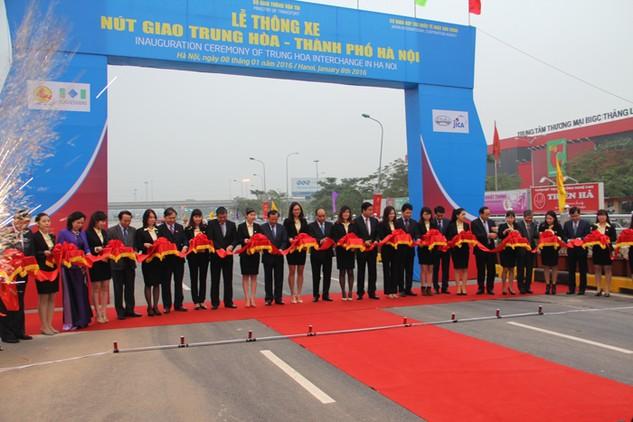 Nút giao Trung Hòa sẽ gỡ ùn tắc cho trung tâm Thủ đô Hà Nội. Ảnh: Bích Khánh